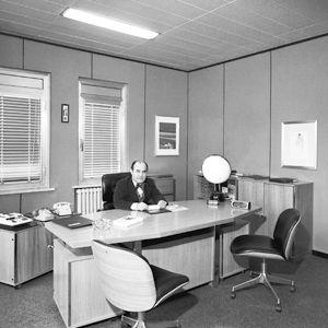 L'ingegnere nel suo studio di Segrate negli Anni Settanta