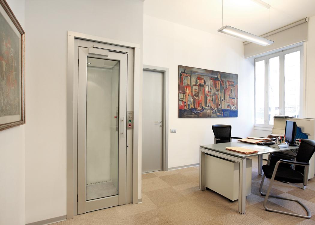 Piccoli ascensori domuslift s small for Small elevator for house